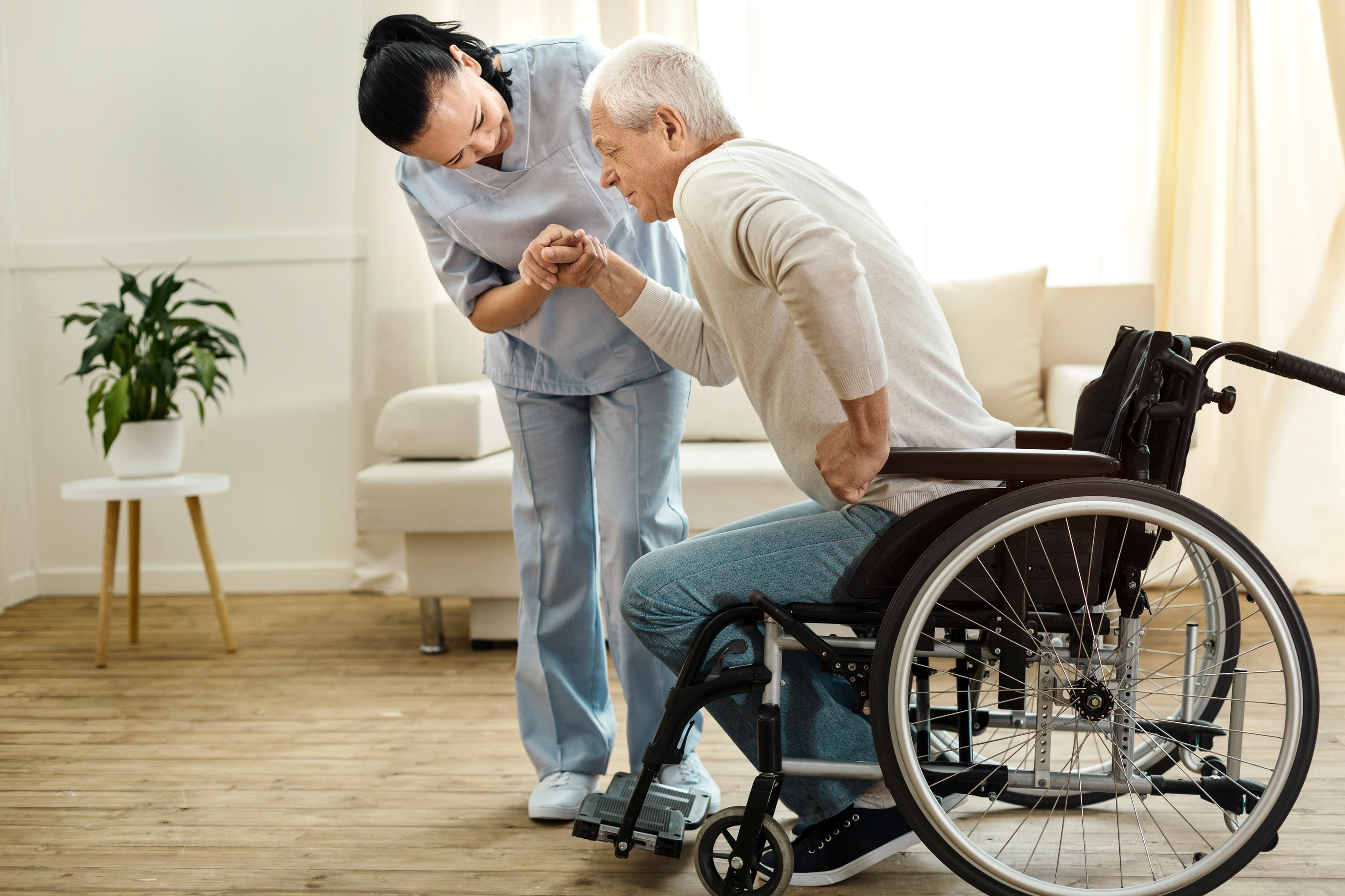 How to Safely Lift and Transfer Elderly Adults
